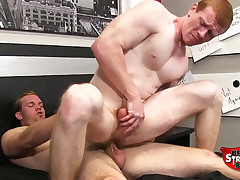 Vinnie Steel Fucks Spencer Todd